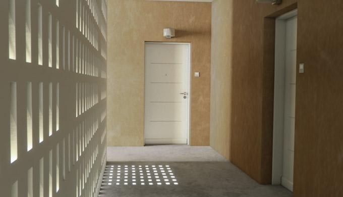 Blocs-portes paliers de logement acoustique et anti-effraction