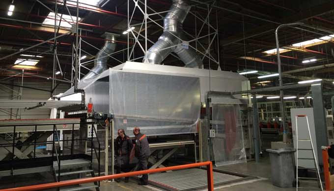 Hotte industrielle d'extraction
