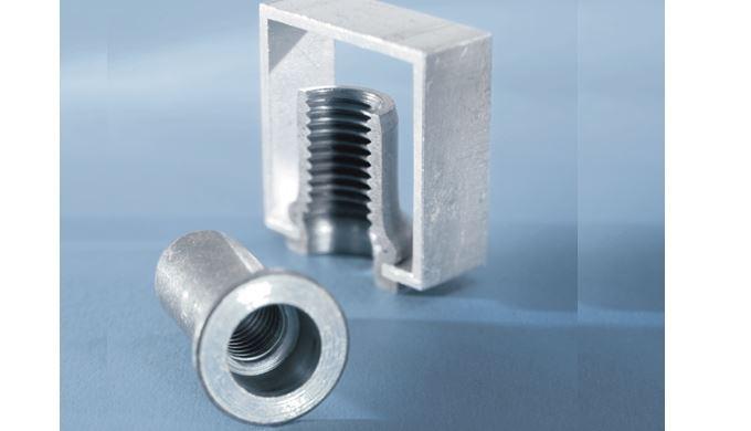 Tuerca remachable RIVKLE® para la unión de chapas y plásticos