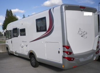 FEUX ARRIERE CAMPING-CAR