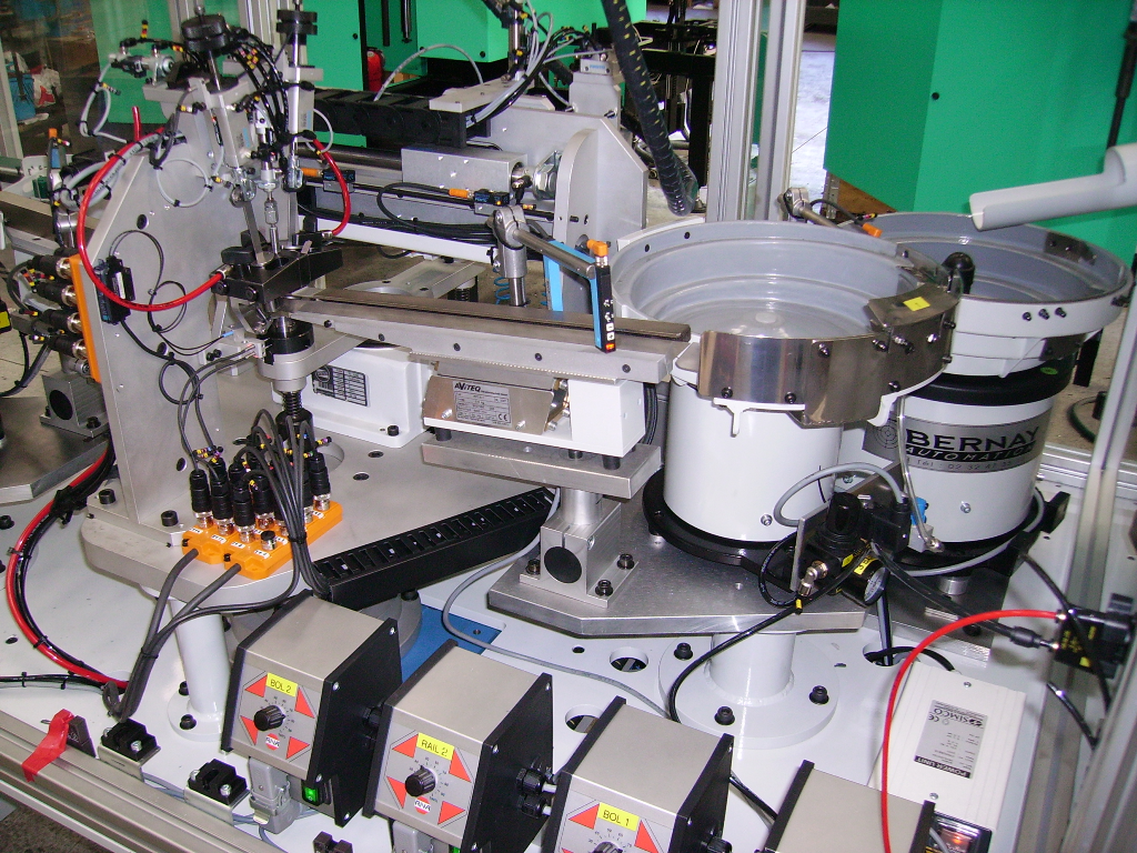 Machines d'assemblage