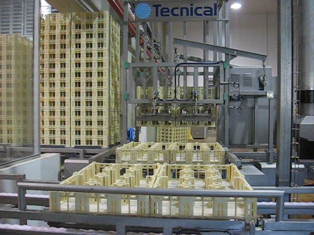 Apilador y desapilador de cajas