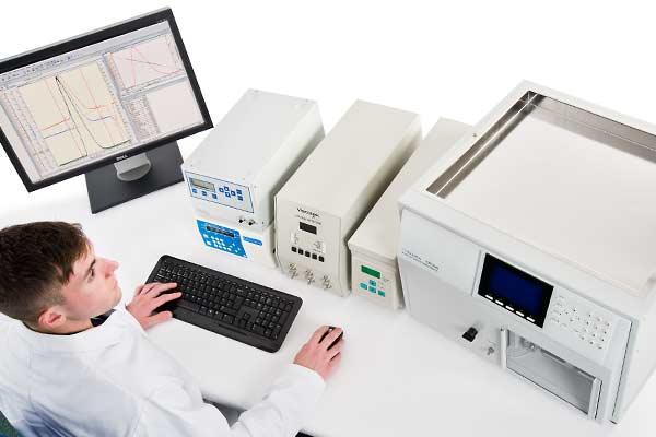 Système GPC/SEC complet, abordable, avec 3 détecteurs &#x3b; diffusion de la lumière, réfractomètre, viscosimètre et contrôle de la temperature