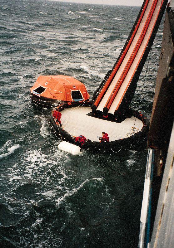 VIKING Evacuation Slide