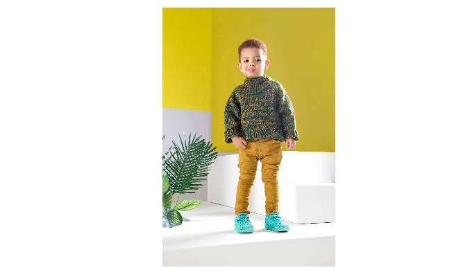 There's nothing better than a stylish kid at ease!  Happy cool kids wearing our shoes!