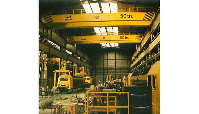 Plus de 30 ans d'expérience dans le secteur duLevage et de la Manutention. Grâce à un partenariat avec de grands fabric