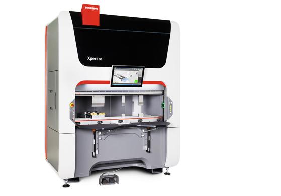 La máquina rápida para piezas de flexión de tamaño pequeño y mediano Plegado por aire polivalente. Una longitud de plega