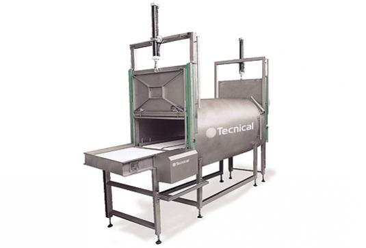 En distintos procesos de la elaboración de productos cárnicos es preciso efectuar una fase de prevacío que nos permita e