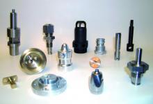 Particolari di alta precisione eseguiti su torni a CNC
