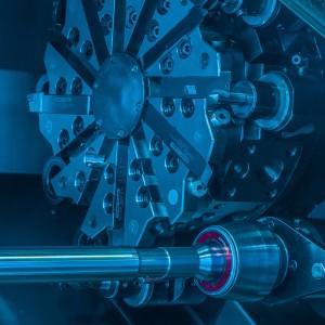FEMCO DURGA 25 E mit Stangenvorschub x 250 | z 600 22 Werkzeuge Spindelbohrung 52