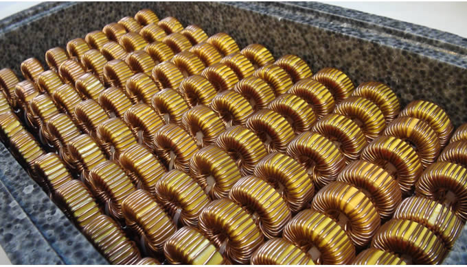 Custom Transformers offer a complete range of toroidal transformers. We have much experience in the design and manufactu