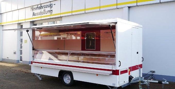 Prodejní stánek Borco Hohns masné výrobky 4500 E