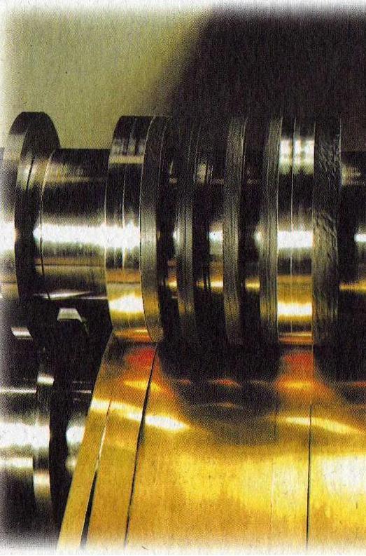Possibilité de refendage : - épaisseur : 0.04 à 0.8 mm - largeur : 3 à 350 mm