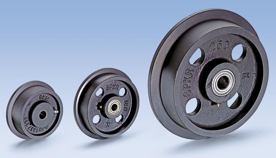 Radkörper aus hochwertigem Grauguss GG 20/25, schwarz lackiert. Spurkranz und Lauffläche sauber überdreht. Lauffläche zu