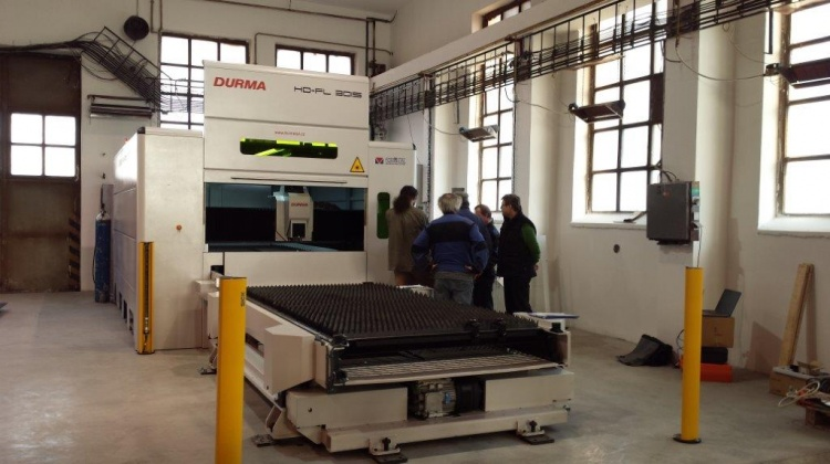 CNC dělení materiálu, laserové řezání plechů