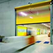 La porte rapide souple V 5030 SE a été conçue pour une grande fiabilité et robustesse pour un usage intensif à l'intéri
