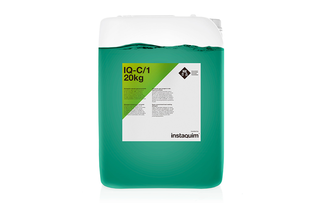 IQ-C/1, detergente manual superconcentrado.