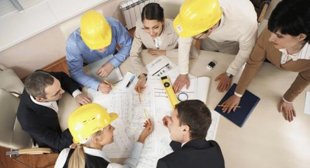 Apparatebau Neben der intensiven und kundenspezifischen Beratung, einer entsprechend den Vorgaben ablaufenden Produktion