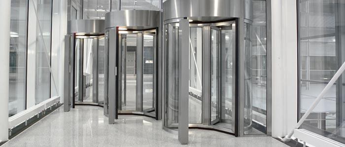Sicherheitskarusselltüren