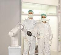 Stäubli piensa y diseña sus robots de acuerdo a las necesidades de sus clientes y sus procesos industriales, aumentando