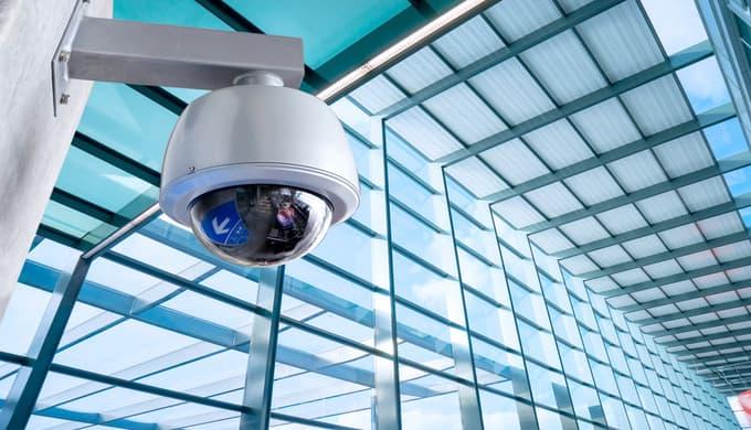 Gerne stellen wir Ihnen unsere Qualifizierte Sicherheitsmitarbeiter mit dem beispielhaft guten Umgangsformen zum Schutz