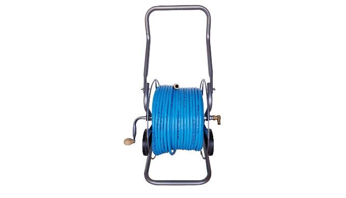 Dévidoir professionnel mobile livré équipé d'une tuyau de 100 m en 12mm extérieur et 8 mm intérieur, avec ses raccords r