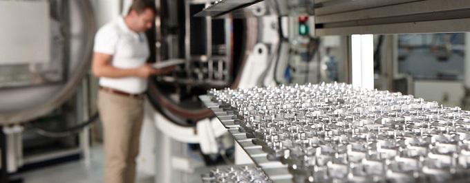 Cuando se trata de fabricar sus componentes en una producción en serie optimizada técnica y económicamente, estamos a su