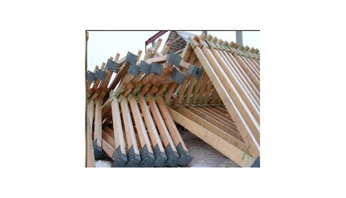Стропильная система (пиломатериал обрезной из хвойных\лиственных пород древесины – брус) – изготавливается из цельной др