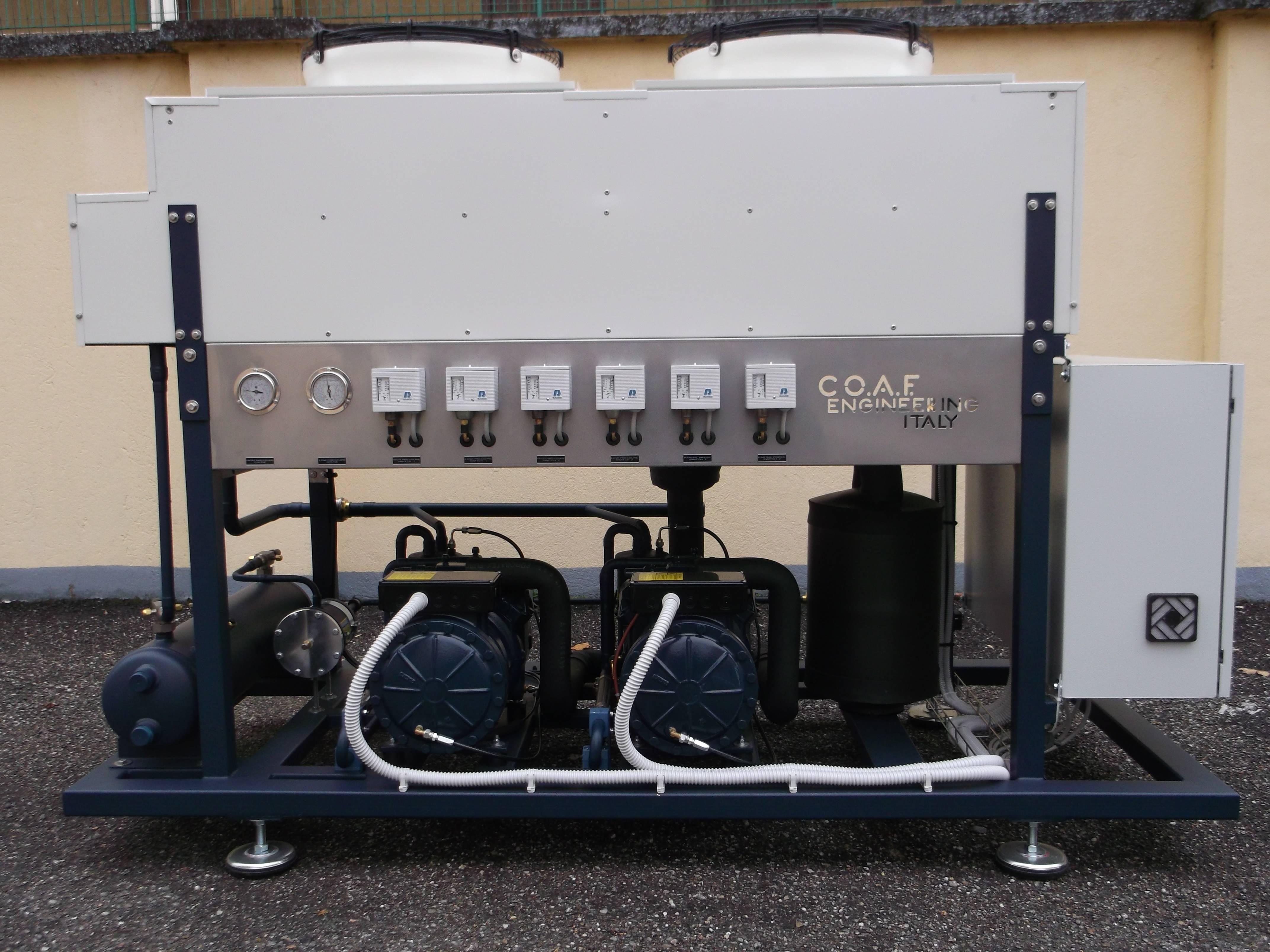 Centrale frigorifera per bassa temperatura, 2 compressori Dorin da 7,5 CV