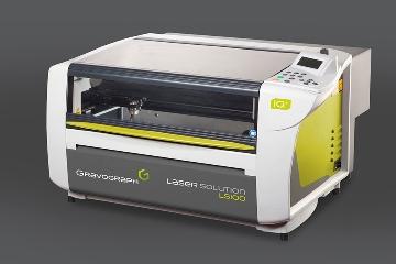 Gravograph: Máquina de grabado y corte láser por CO2 LS100