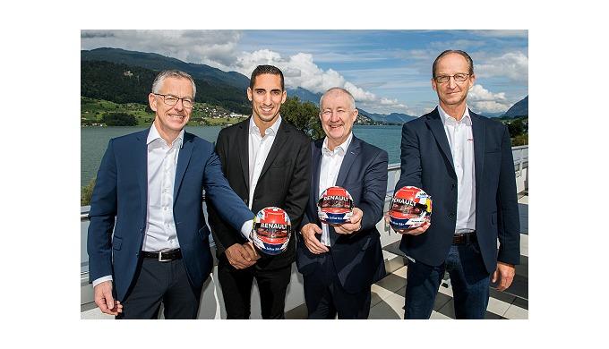 Der Schweizer Rennfahrer Sébastien Buemi ist jetzt ein Mitglied der maxon Familie