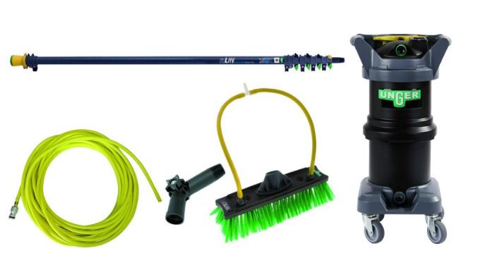 Ce kit de nettoyage à l'eau pure pour les avancés consiste de : nLite® Hydro Power DI, 12L avec TDS metre + resine + ro