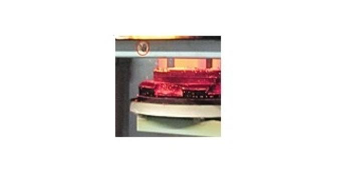 Verwendet werden niedrig legierte Stähle für Bauteile mit erhöhter Anforderung an Zähig- keit und Kernfestigkeit (z.Bsp