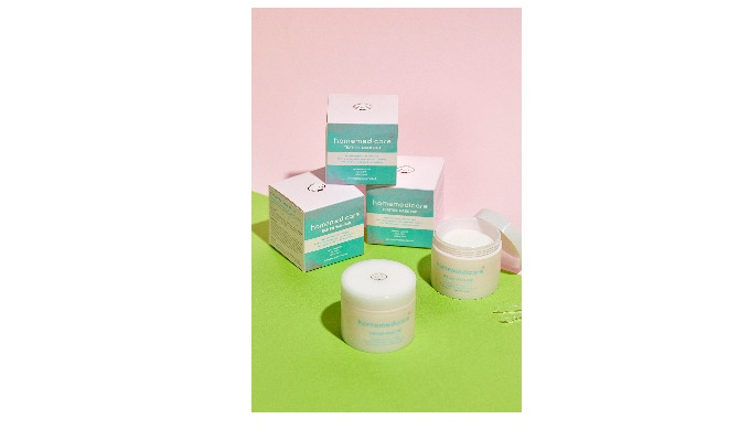 Homemedicare teatree mask pad! Round pure cotton calming pads that soften your red and angry skin. Natural tea tree extr