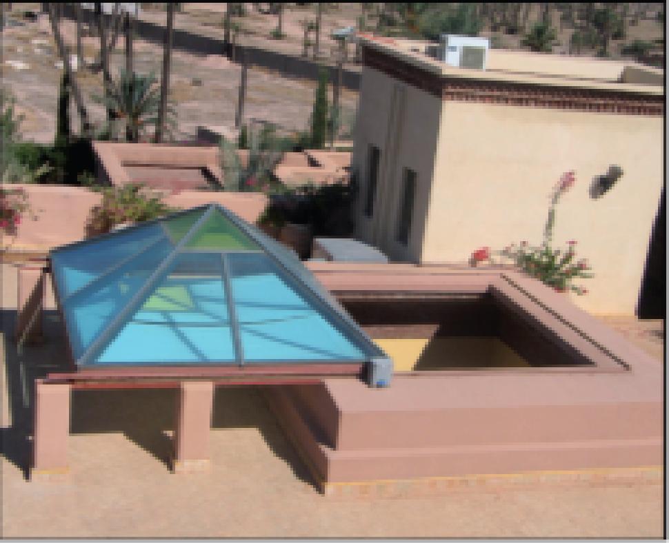 ouverture et fen tre sur toit par le b timent unique. Black Bedroom Furniture Sets. Home Design Ideas