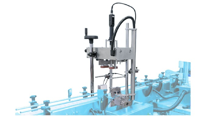Conçue par CDA, la visseuse électrique VS 500 permet de boucher par vissage automatique tout type de bouchons (dont les