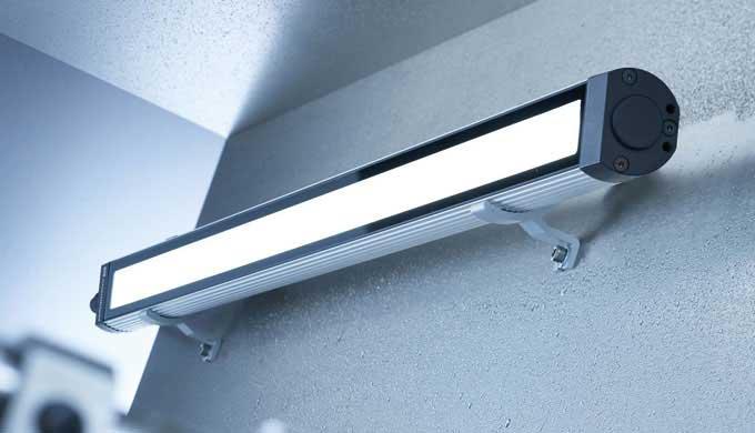 MACH LED PLUS.forty unterstützt dank verschiedener Lichtcharakteristiken unterschiedlichste Sehaufgaben, auch wenn es ma