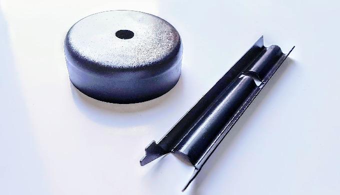 Czernienie (oksydowanie) wysokotemperaturowe stali, to chemiczna obróbka, polegająca na zanurzaniu detali w silnie utlen