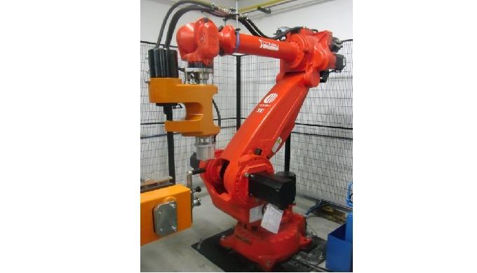 Capmac Industry es la ingeniería europea líder en la instalación de sistemas automáticos de remachado, operando en secto