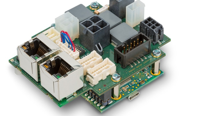 Compact controller communicates via EtherCAT