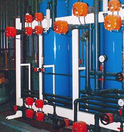 RESINAS DE INTERCAMBIO IONICO.  Esta técnica es de común utilización en: Tratamiento de Aguas de Aportación en: Plantas