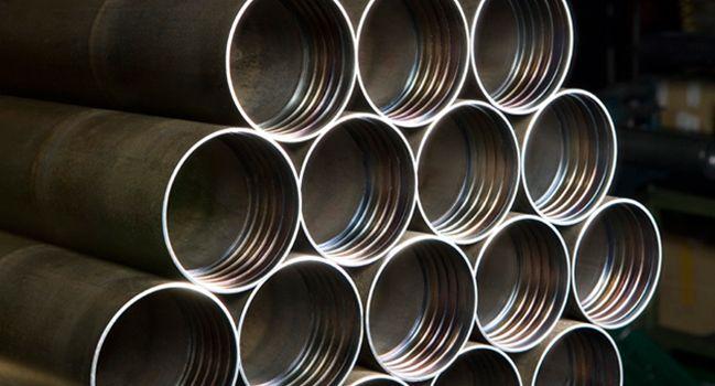 Bohrgestänge und Casing pipe