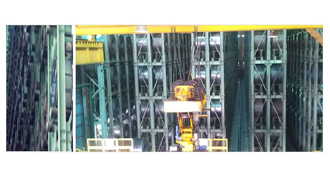 Using Stacker Crane that can move solid warehouse (Storage Rack) interval coil by automatically mouth / delivering from