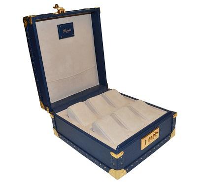 """""""Made in France"""" Extérieur cuir de buffle Intérieur Agneau velours ou similicuir Accessoires, clou, coins, serrures, équ"""