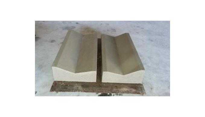 Rigole din beton pentru acostament.