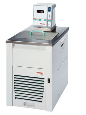F32-MA - Kälte-Umwälzthermostate