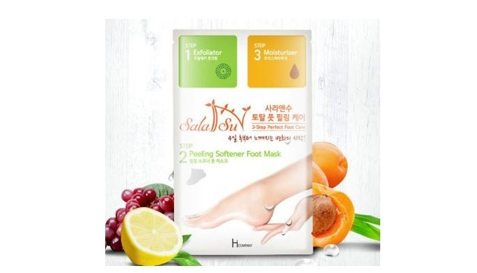 3-Step effects by natural ingredients A variety of fruit extracts, urea, apricot seed oil, and other natural ingredients