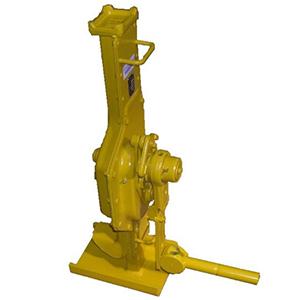BRANO, a.s. - divize zvedacích zařízení se zabývá výrobou hřebenových, pákových i lanových zvedáků, pojízdných kladkostr