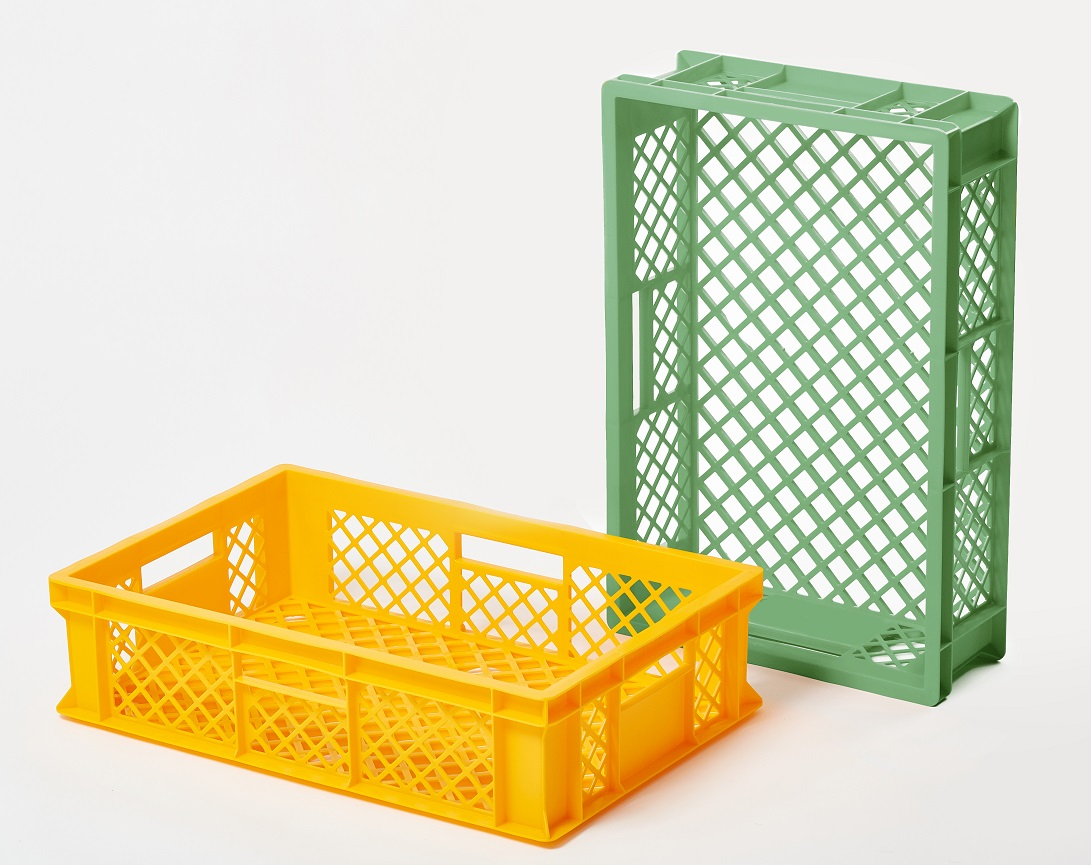 Plastic crate - primarily intended for use in the household or in the food industry – for pastries, fruits and vegetable