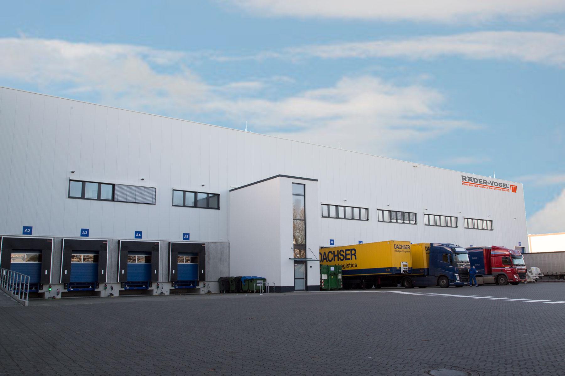 Logistikzentrum bezieht modernen Neubau